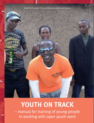 Manual for training of young people in working with open youth work